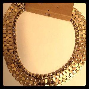 Jewelry - Shiny Gold Fashion Necklace